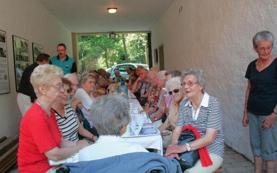 Setkání sudetských Němců ve mlýně